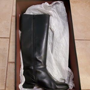 Coach boots, Size 9